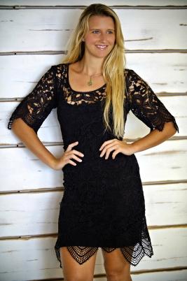 salomee-rone-noir-crochet